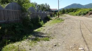 Улица Крашенинникова в посёлке Термальном, на берегу нерестовой реки Карымшина.